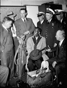 John Thomas Russell Surrounded By Police & Evidence In The Murder Of George Thomas At Black Rock Country Club In November 1942 - Georgia State University Library Archives
