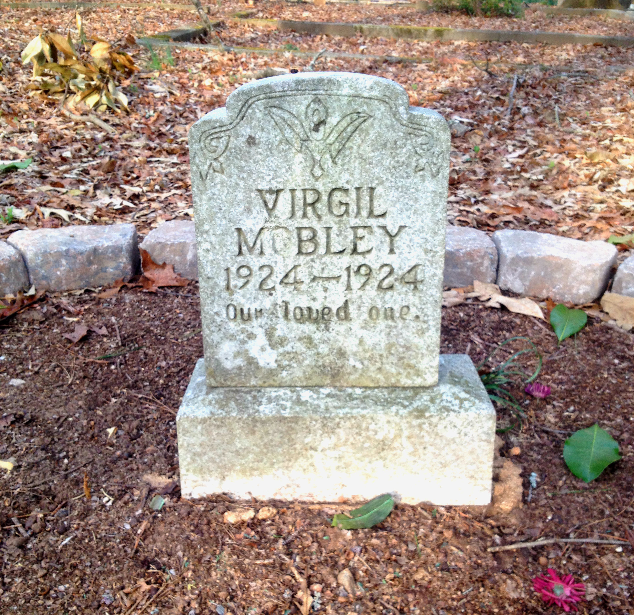 Virgil Mobley Born and Died in 1924 Gravestone in Sylvester Cemetery in East Atlanta - History Atlanta 2014