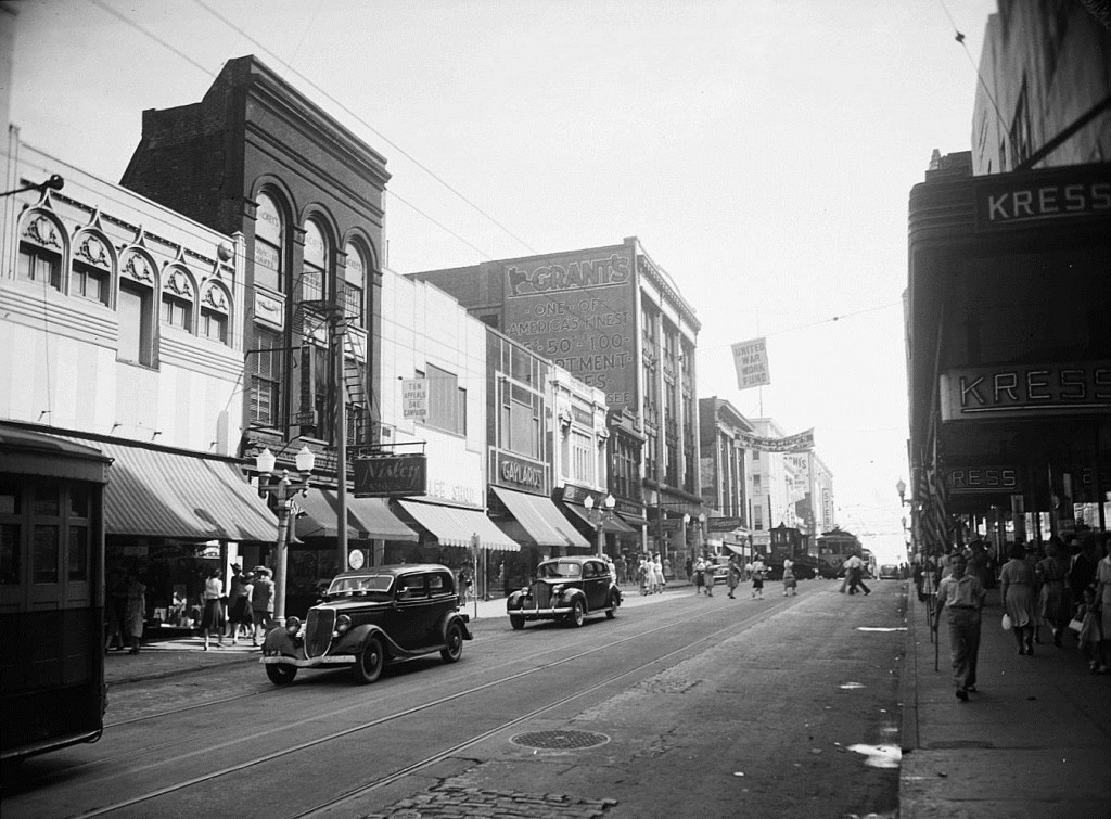 Whitehall Street on July 21st, 1942 - Georgia State University Library