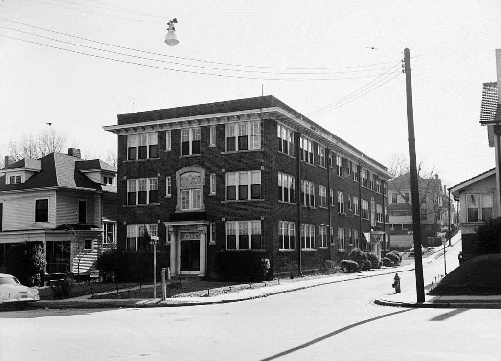 The Gaither at 10th Street & Argonne across the street from Piedmont Park on December 12th, 1954 - Georgia State University Library