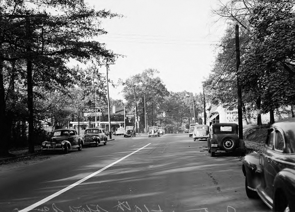 Piedmont and 10th Street in the 1940's - Georgia State University Library