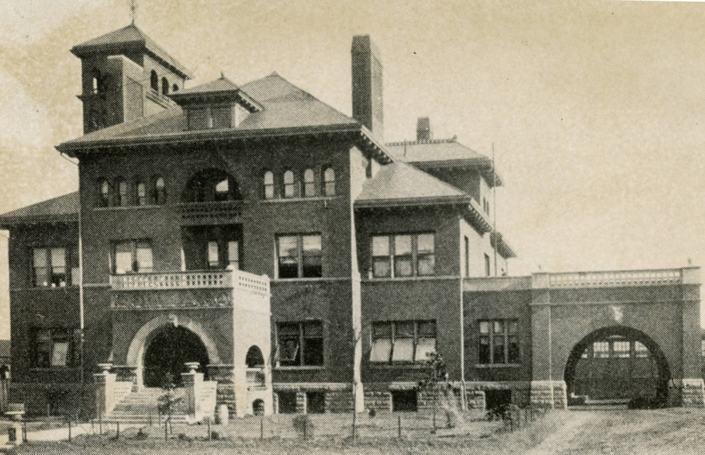 Old Grady Memorial Hospital on Butler Street which is now Jesse Hill Jr. Drivein 1896 - Georgia State University Library