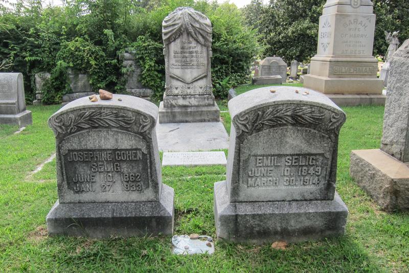 Selig-headstones-w